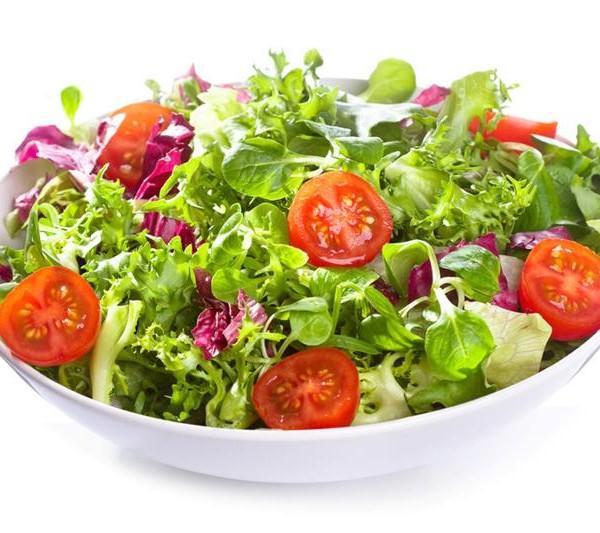 salata verde cu rosii